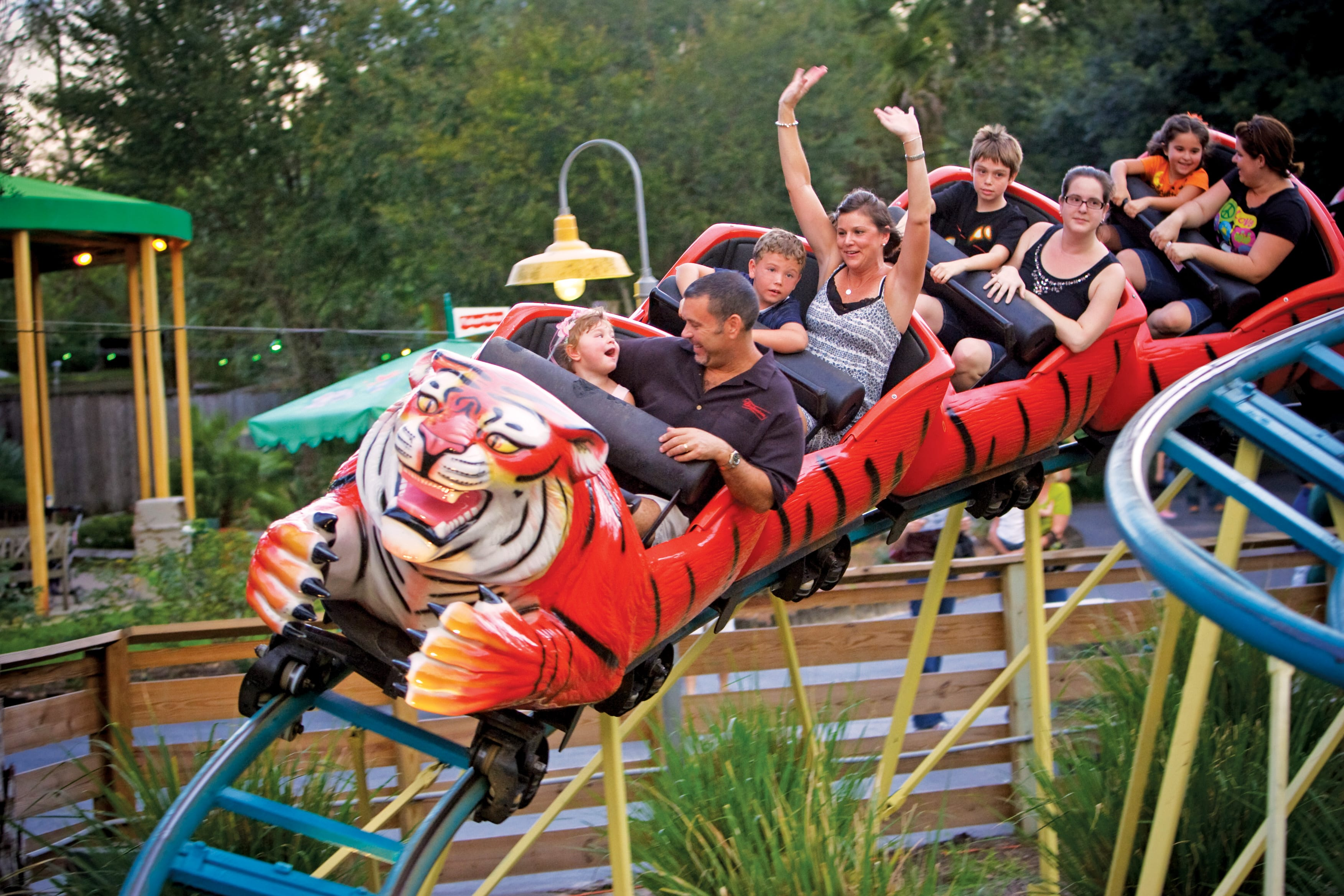 Rides - ZooTampa at Lowry Park